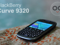 Review BlackBerry Curve 9320 (Armstrong)