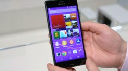Sony Xperia Z3 with Android N cover