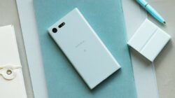 Sony Xperia X Compact-1